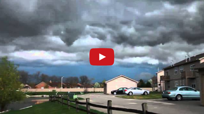 Storm Cell over Schererville heading towards Chicago 3/23/2012