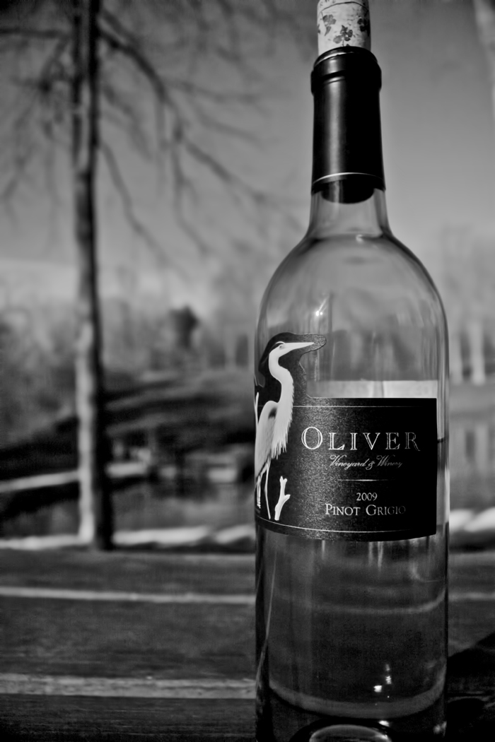 A bottle of Oliver Winery Pinot Grigio 2009