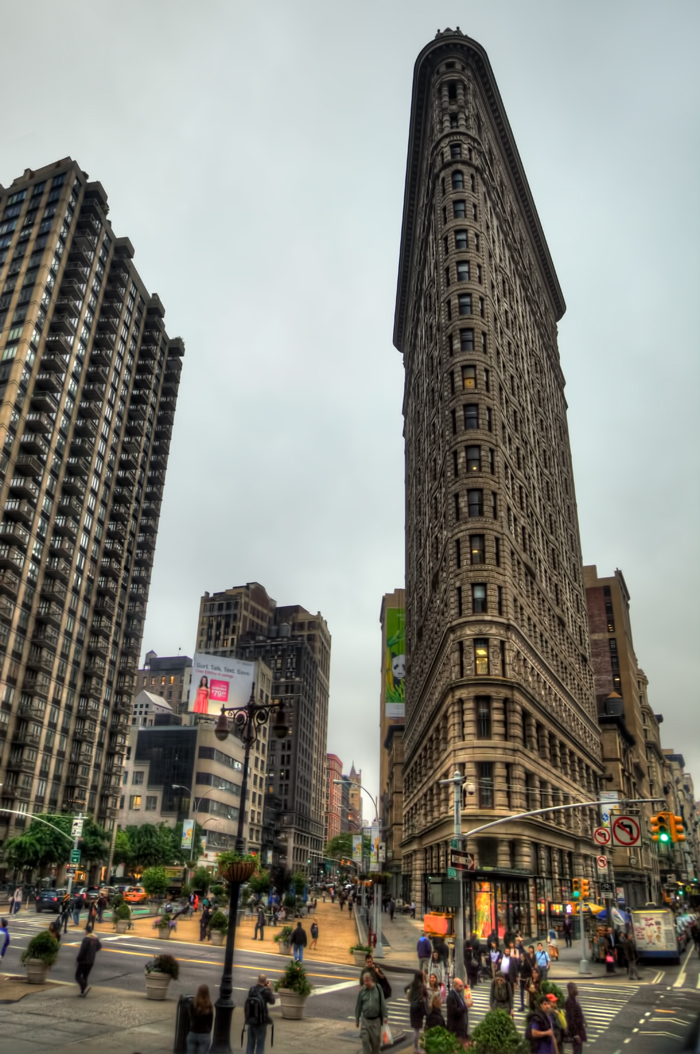 flatiron 39 fuller 39 building is an architectural marvel in new york city boomsbeat. Black Bedroom Furniture Sets. Home Design Ideas