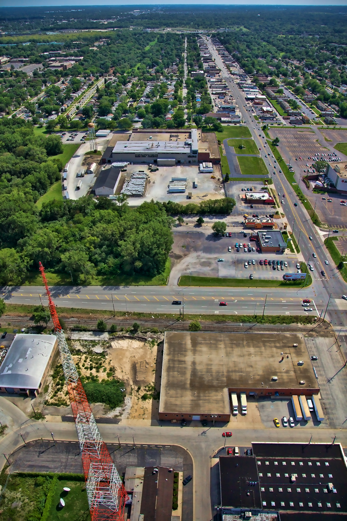 Aerial photo of Hammond, Indiana near Indianapolis Blvd and WJOB radio tower.