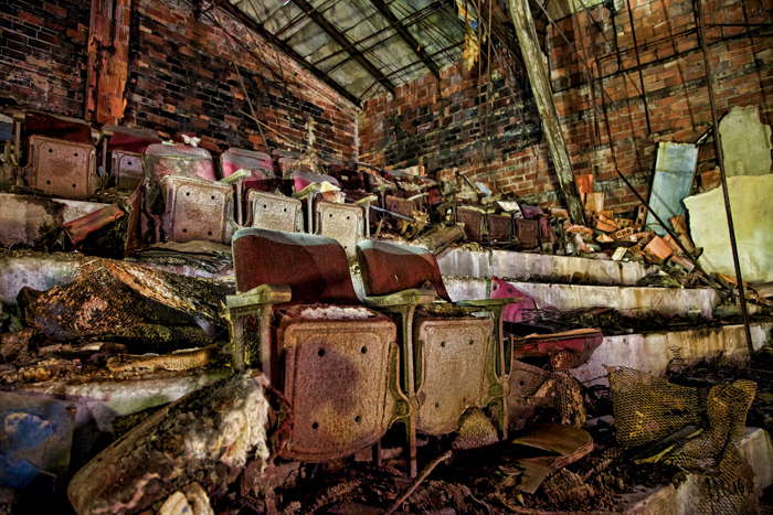 Palace Theater – Urban Exploration in Gary, Indiana