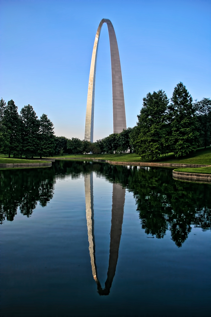 Gateway Arch near Reflection Pond in St Louis, MO