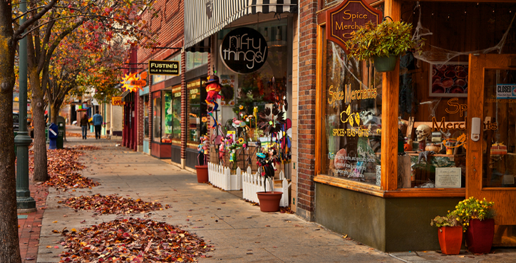Traverse City, Michigan Fall Front Street