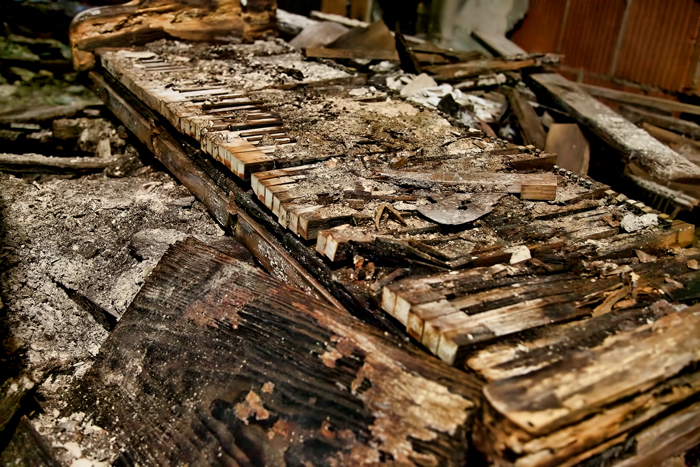 An old, rotten piano.