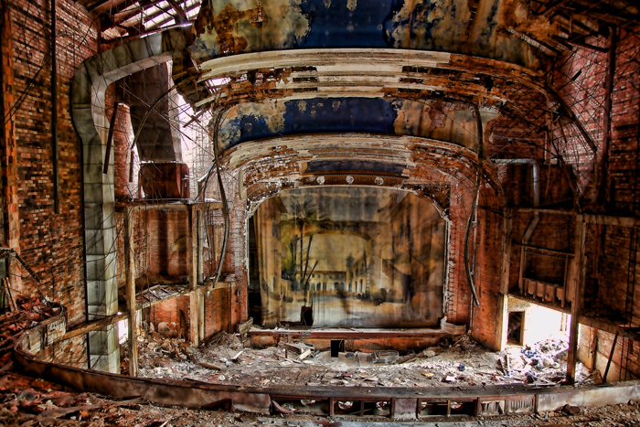 Abandoned Theaters - Urban Exploration